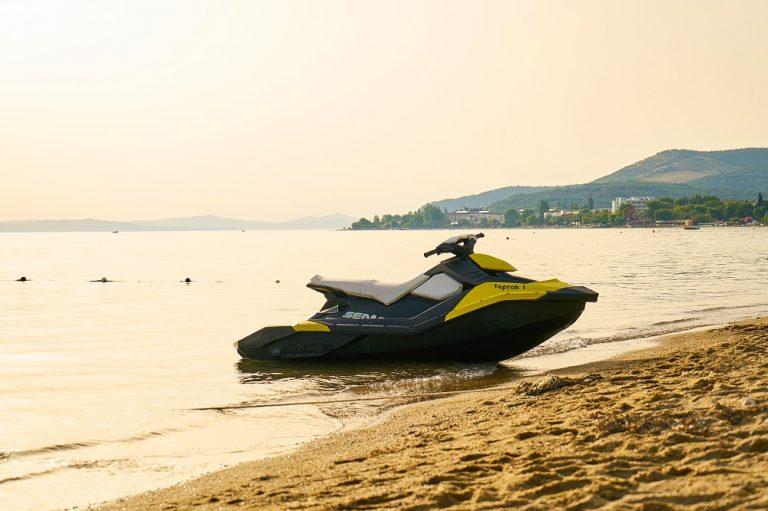 Feature Image: Jet-ski em Alagoas: 3 lugares para praticar na região